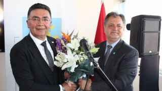 İYİ Parti'de tarihi gün... Şanbaz Yıldız görevi devraldı